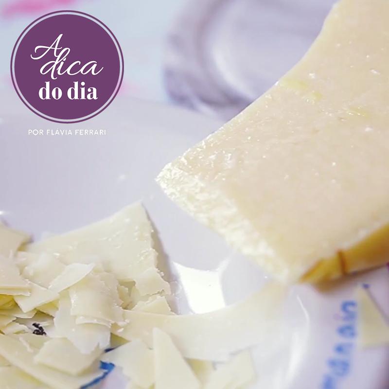 lascas fatia de queijo parmesão