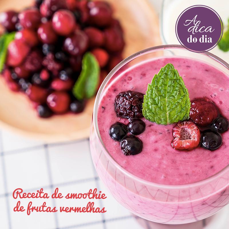 Aprenda a fazer um smoothie de frutas vermelhas delicioso