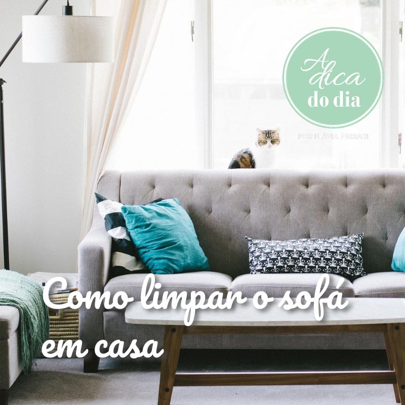 Como limpar o sofá em casa